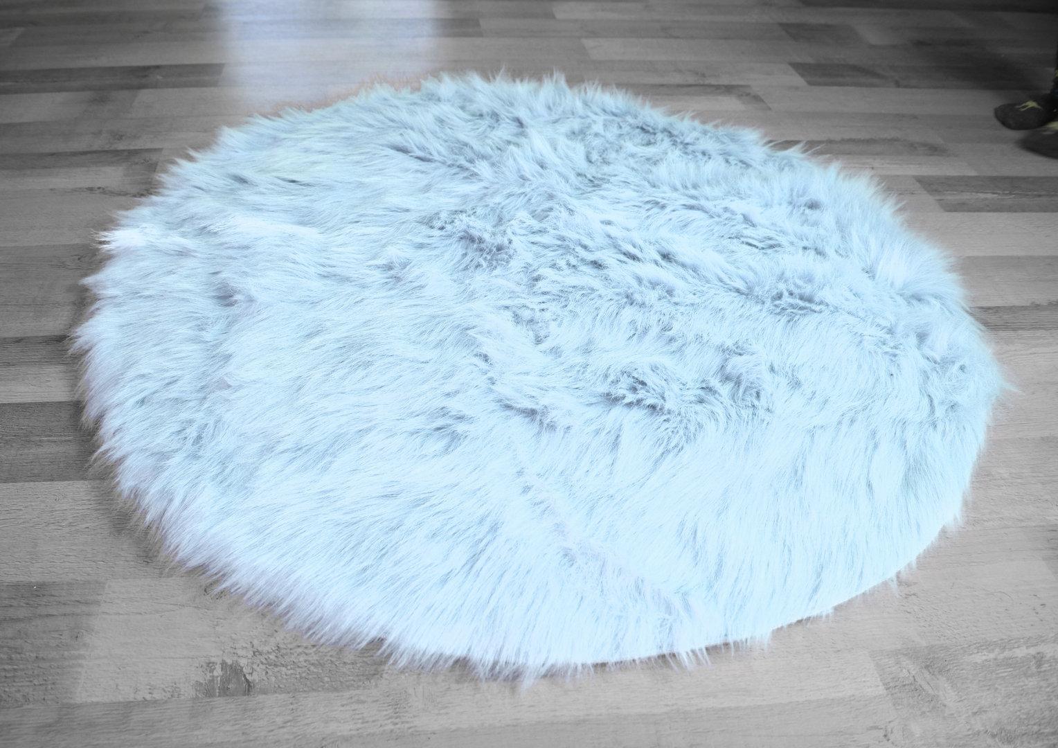hellblauer teppich annette frank teppich hellblau x cm with hellblauer teppich amazing teppich. Black Bedroom Furniture Sets. Home Design Ideas